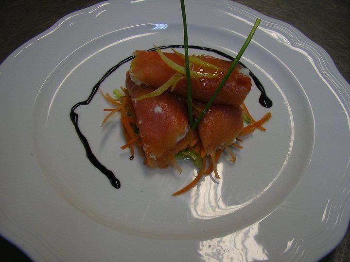 Salmone marinato all'Arancia con Gelato di Ricotta alla Menta
