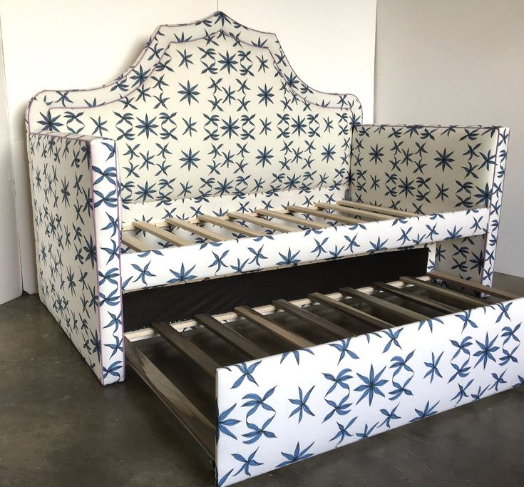 Custom Daybed W/Curved Back and Trundle COM Etsy in 2020