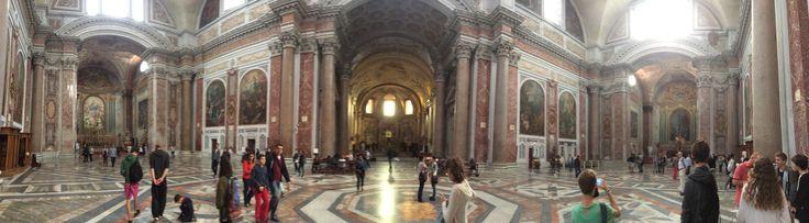 De Basilica di Santa Maria degli Angeli e dei Martiri (Nederlands:Basiliek van Onze-Lieve-Vrouw van de Engelen en van de Martelaren) is een rooms-katholieke kerk in Rome in de voormalige thermen van Diocletianus. Het is gewijd aan de heilige maagd Maria en ook aan de 40.000 christelijke dwangarbeiders in Rome.