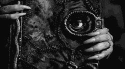 scary gif film Black and White Cool movie creepy horror book eye dark morbid strange Witch blog darkness Macabre Horror Movies horror film horrible horror gif hocus pocus horror blog