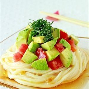 アボカドとトマトの柚子胡椒うどん レシピ・作り方