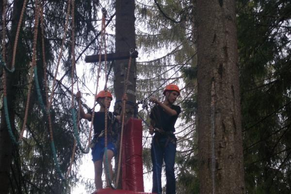 Kurs wspinaczki podczas obozu w Zakopanem. #wspinaczka #obozyjęzykowe #wakacje #sport