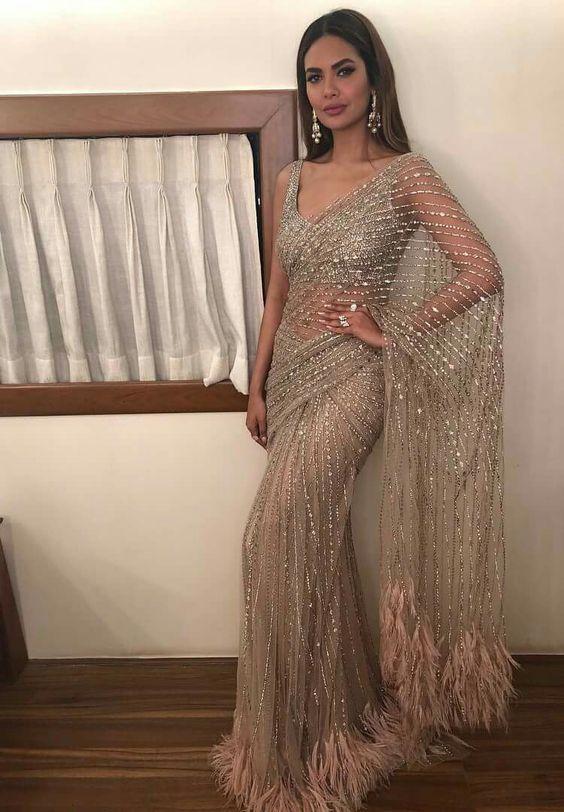 bf846e137a Pinterest: @Kismat | leh in 2019 | Indian fashion, Desi clothes ...
