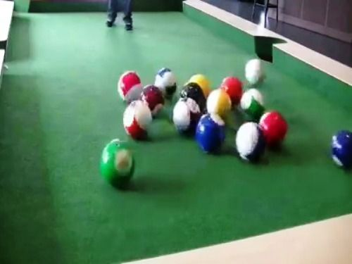 Foot Billiard Funny Video Clip   Funnyho.com