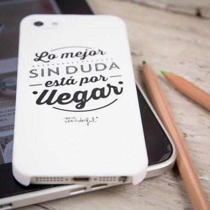 """Carcasa en blanco para iPhone 4, 4s y 5 """"Lo mejor sin duda está por llegar"""". Se venden en: www.mrwonderfulshop.es #carcasa #iphone #funda"""