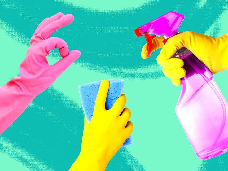 Quando sono andata a vivere da sola ho promesso a me stessa che avrei mantenuto una politica di zero stress per quanto riguarda le pulizie di casa. Sono una ragazza moderna, mi dicevo, non ho nessuna intenzione di ereditare le ansie di mia madre, fiondandomi a infilare i guanti appena vedo anche sol