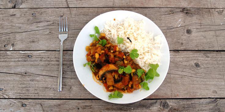 Vegetarianer for en dag - krydret sopp- og bønnegryte
