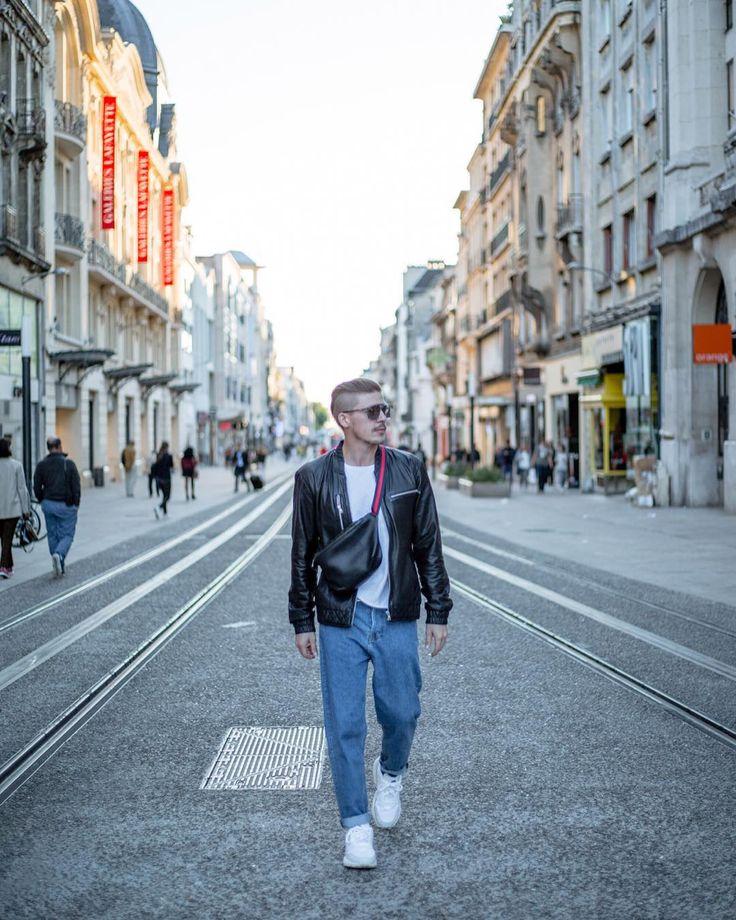 Strolling the streets of #Reims like..🚶 ________________________________________  #canondeutschland #reimscity #keepexploring #france #igfrance #frankreich #reisenmachtglücklich #reiseblogger #reiseblogger_de #germanblogger #blogger_de #ootd #ootdmen #streetstylefashion #menswear #gucci #adidasyung1 #leatherjacket #bestofmenstyle – Stagedives