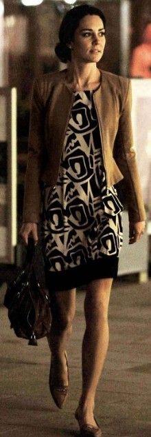 19 April 2011 - Kate shops for a honeymoon wardrobe at Warehouse and has her hair done at Richard Ward's salon