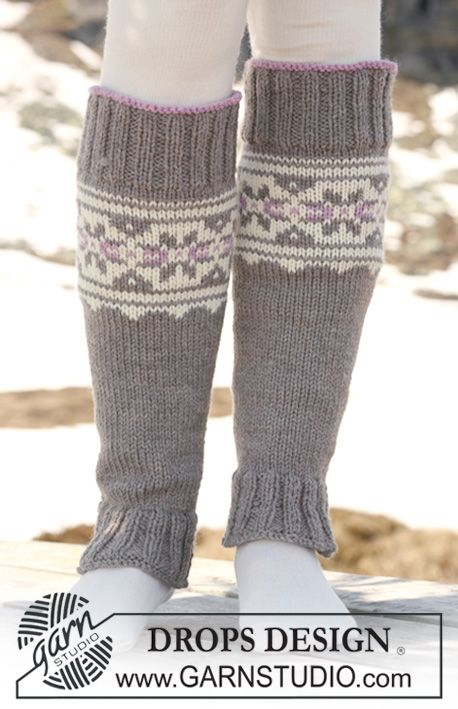 "Knitted DROPS leg warmers with multi coloured pattern in ""Alaska"". ~ DROPS Design"