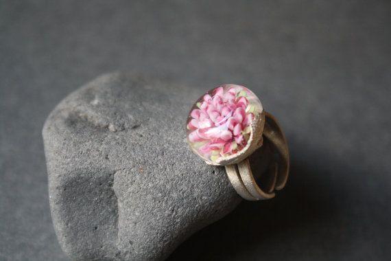 Glass flower implosion ring от LikeAGlassShop на Etsy