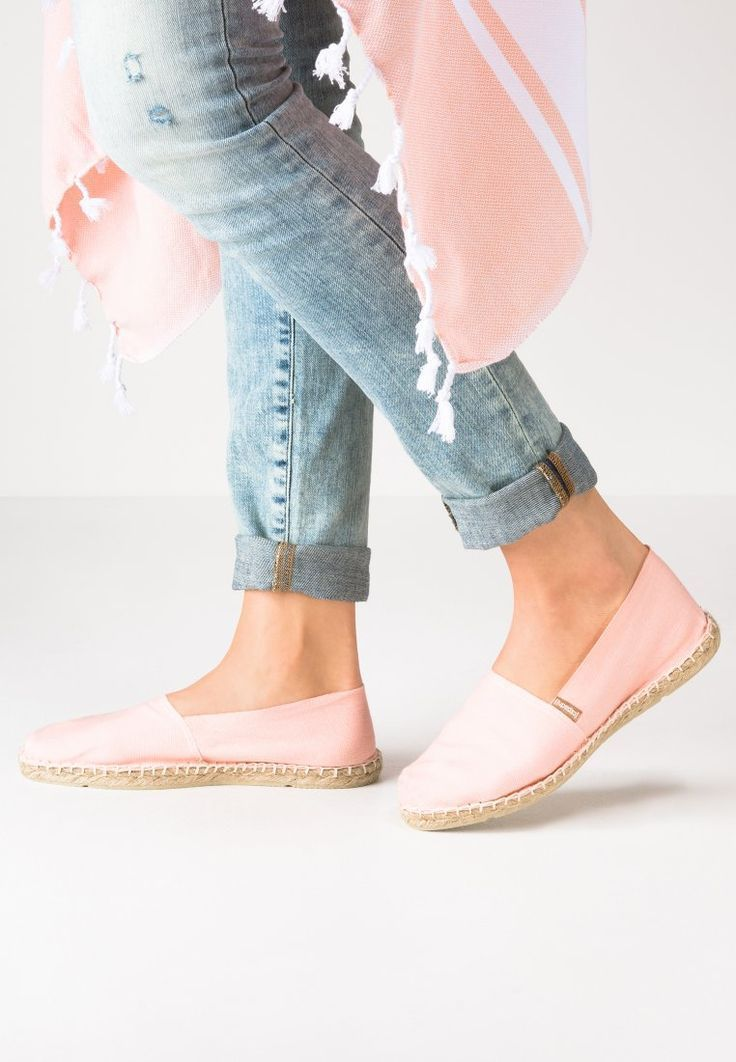 24 best choose spring summer images on pinterest ladies shoes sandals and wide fit women 39 s shoes. Black Bedroom Furniture Sets. Home Design Ideas