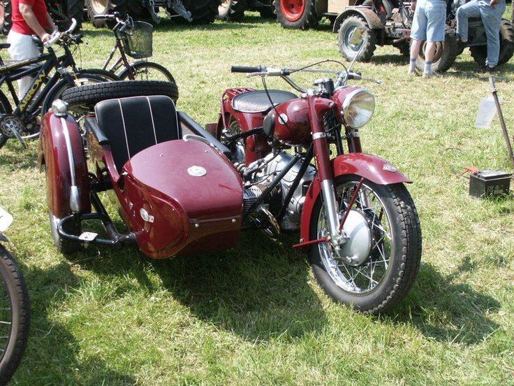 108 best matze motorrad mit beiwagen images on pinterest sidecar antique cars and cars. Black Bedroom Furniture Sets. Home Design Ideas