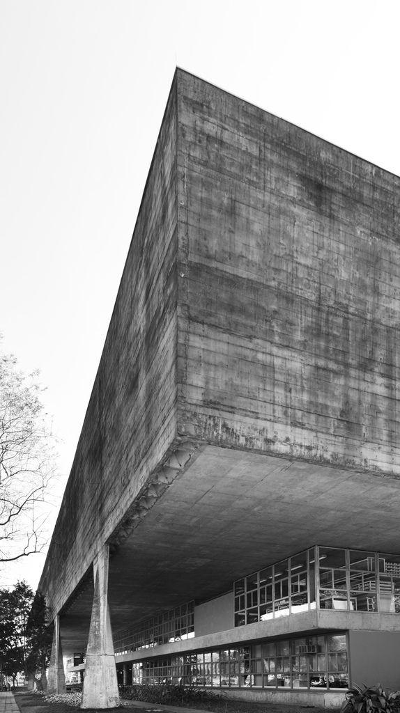 Joao Batista Vilanova Artigas | School of architecture | Sao Paulo, Brazil