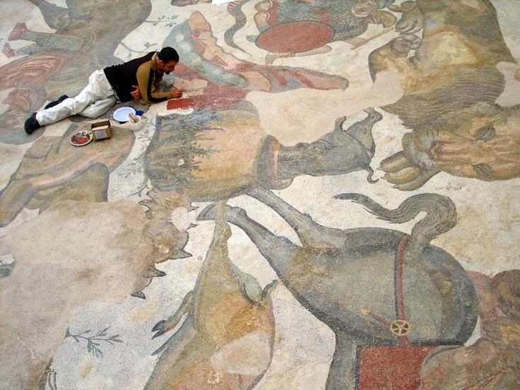 Resoration of a Mosaic at the Villa Romana