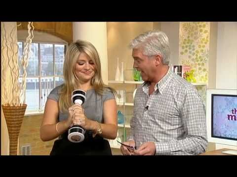 Holly Willoughby - This Morning - Shaking Dumbbell - http://maxblog.com/8801/holly-willoughby-this-morning-shaking-dumbbell/