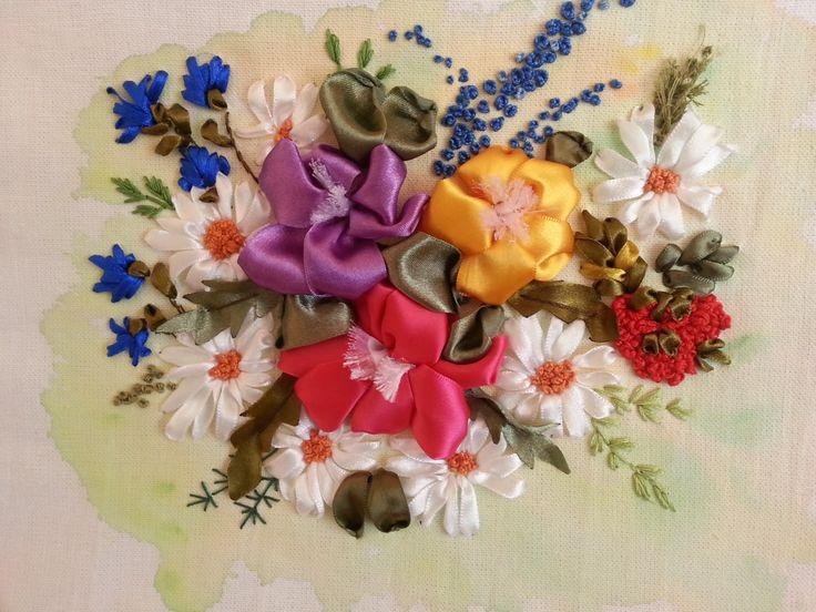 Kwiaty na barwionym farbami tle.... muszę się nauczyć malować :)