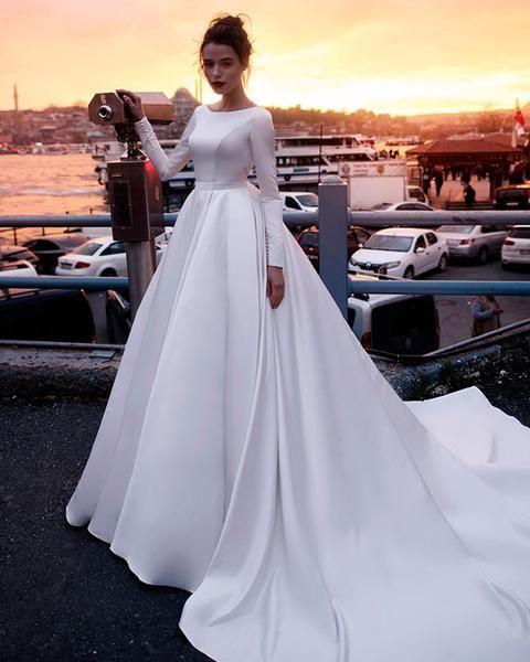 Item Type:WeddingDresses Back Design:Zipper Silhouette:Ball Gown Built-in Bra:…