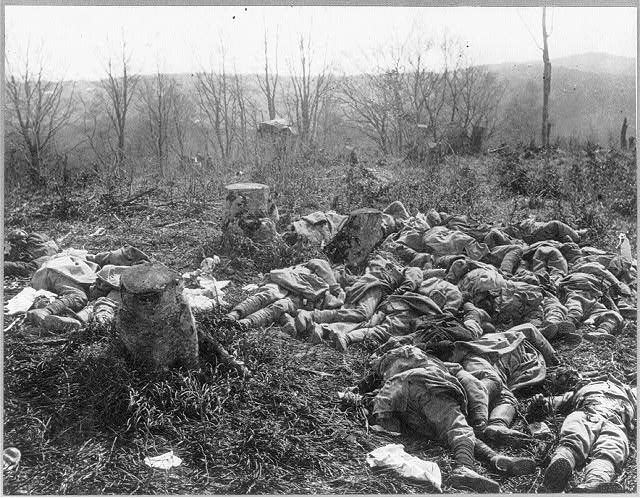 Large groups of dead, possibly French, soldiers lying in ...