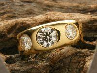 Contemporary Diamond three stone image