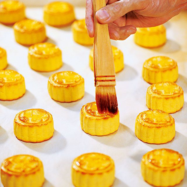 Mooncake recipe in Chinese - the custard filling is awesome!