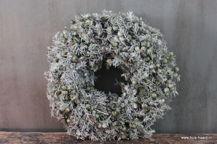 Krans tacka wax olijf 35 cm   Kransen & Natural Deco   Huis & Haard landelijke woonaccessoires webshop