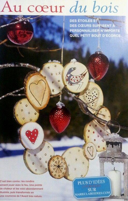 Couronne Noel en rondins de bois. Source: Marie claires idées.