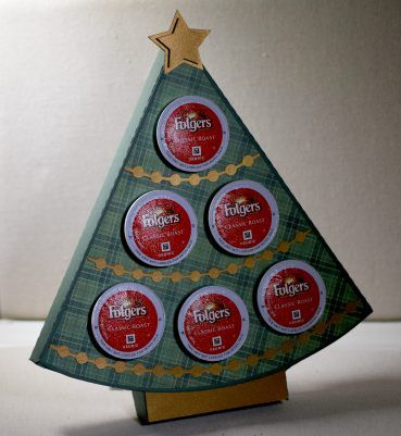 Christmas Tree K-Cup Holder makes a great teacher or hostess gift