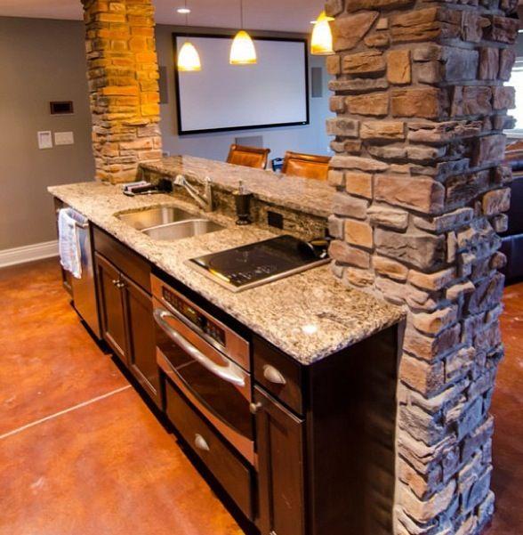 Kitchen Bar With Stone: Stone Pillars - Kitchen