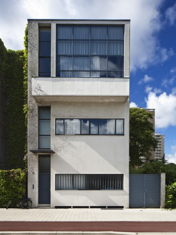 Guiette House designed by Le Corbusier's in 1926 is considered one of his most unknown works.