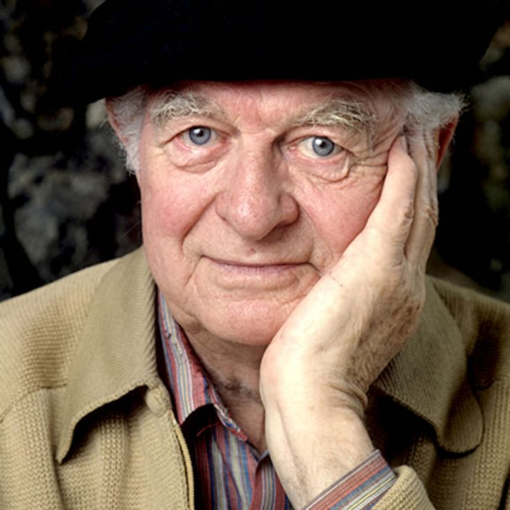 Explore the life of often controversial two-time Nobel Prize winner Linus Pauling, on Biography.com.