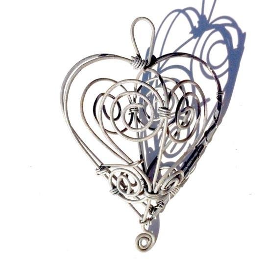 Wire Heart artwork