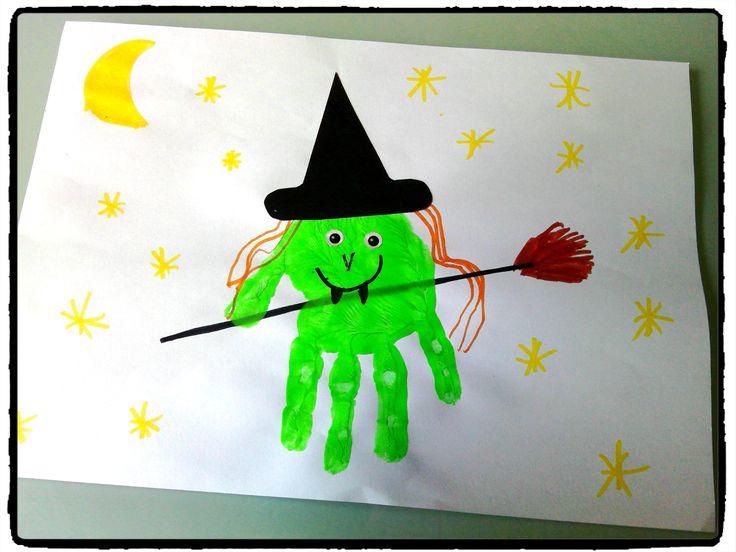 sorcière en empreintes de mains, bricolage halloween, enfant