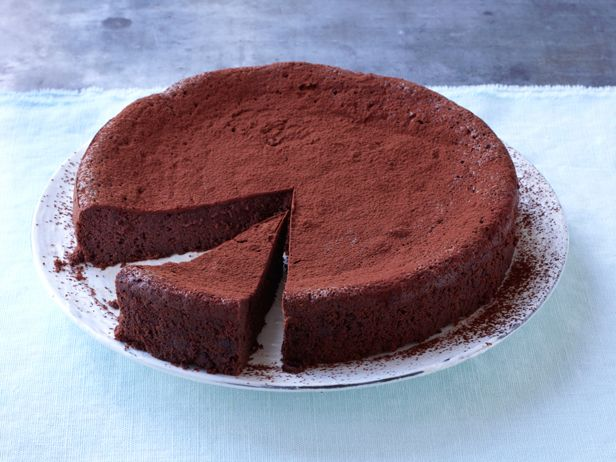 Flourless Chocolate Torte Recipe : Food Network Kitchen : Food Network - FoodNetwork.com Haven't made this yet, but I'll use 100% cocoa chocolate and stevia instead of sugar. Looks divine.