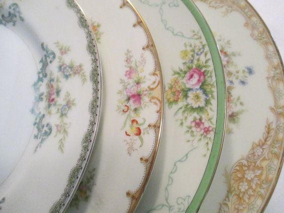 Vintage Mismatched China Dinner Plates, Wedding, Shabby, Bridal Gift, Dinner Party, Garden Party, Christmas, Thanksgiving - Set of 4