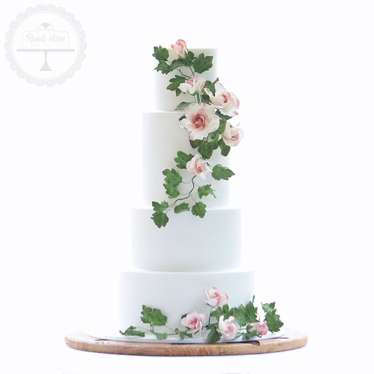 Stunning Cake For A Nature Inspired Wedding Featuring Rambling Wild Sugar Roses