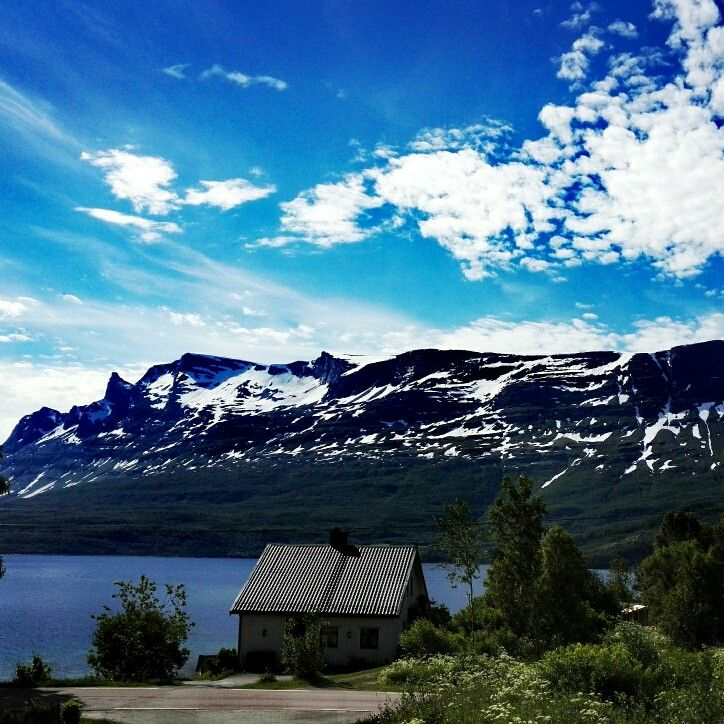 The Mountain Nova in Grovfjord north in      Norway!