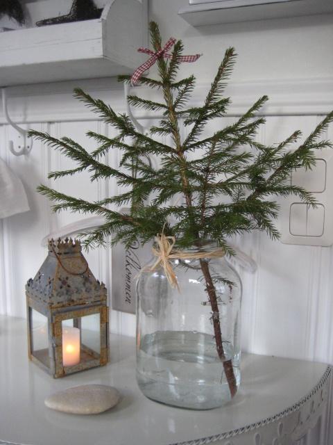 simple little christmas tree.