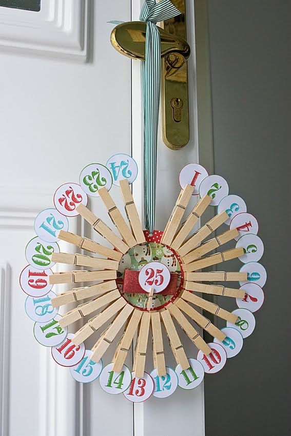 Christmas countdown! Cute-esp if the pins were painted green like a wreath!