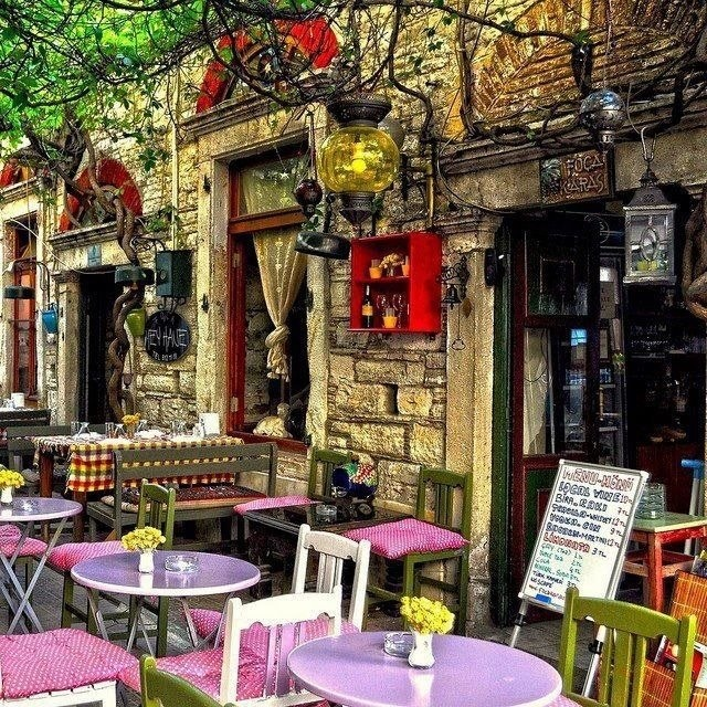 LAVENDER PINK: Street cafe in Foca-Izmir, Turket / lovely bistro tables in lavender and lilac