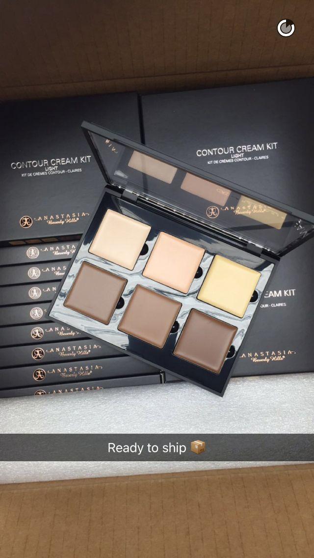Cream Contour Kits Ready to Go at The Warehouse - Follow Us on SnapChat @ABHCosmetics