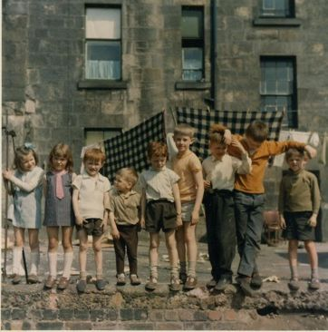 The groovy seventies! The big hits in Scotland in 1975 followed a very similar pattern to the most popular name in 1950, but with a few distinct trends. The most popular letter for boys was G with 13 different names: Gary, Gordon, Graeme, Graham, George, Grant, Gavin, Garry, Gerard, Greig,...