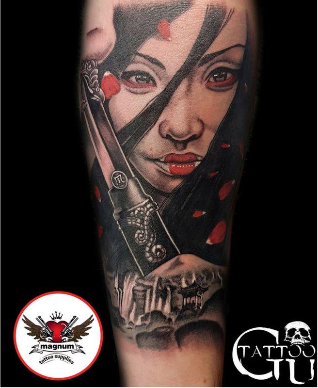 Custom geisha piece done by Tattoos by Gavin Underhill with #magnumtattoosupplies 💪💪👊👊