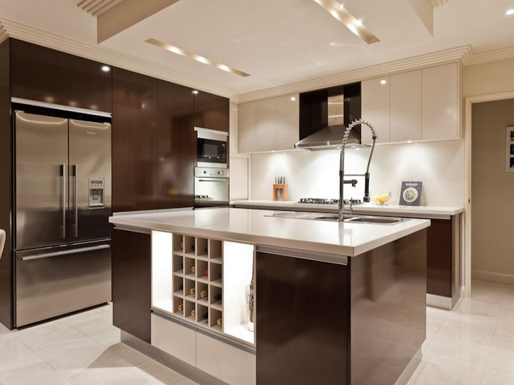 Modern island kitchen design using tiles - Kitchen Photo 1584362