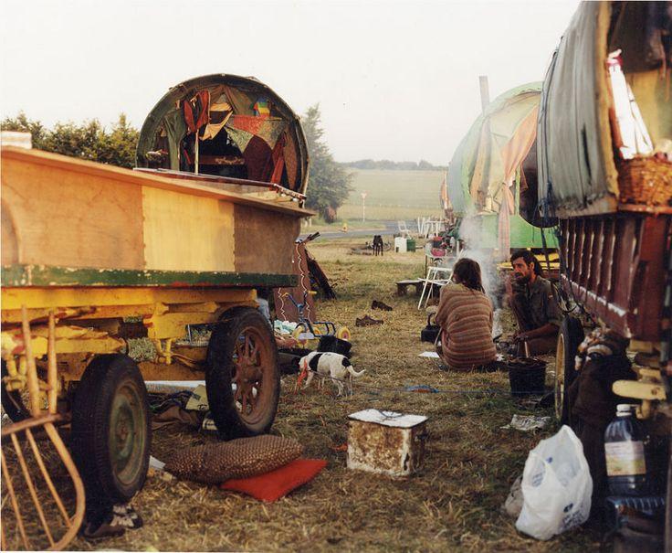 Resultado de imagen de caravana de gitanos foto antigua