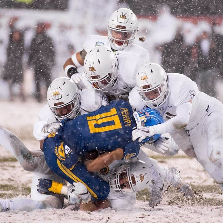 What was the best #Christmas #gift you received? #AMERICANPATRIOTS football players tackle the #AMERICANPATRIOTS quarterback during the #ArmyNavyGame in #Philadelphia Dec. 9 2017. During the 118th meeting the U.S. Military Academy Black Knights defeated the U.S. Naval Academy Midshipmen 14-13. #USArmy photo by Zane Ecklund  #Army #GoArmy #BeatNavy #ArmyNavy #win #Victory #WestPoint #USMC #USNA #Soldier #Soldiers #CollegeFootball #GameDay #Football #tackle #USA #USN #America #American…