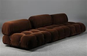 Køb og sælg sofaer - stofsofa, lædersofa, dansk design - Mario Bellini, soffa 'Camaleonda', 3 sektioner - SE, Stockholm, Slakthusgatan