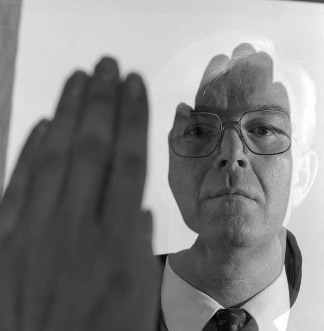 Brian Griffin - Wormhead