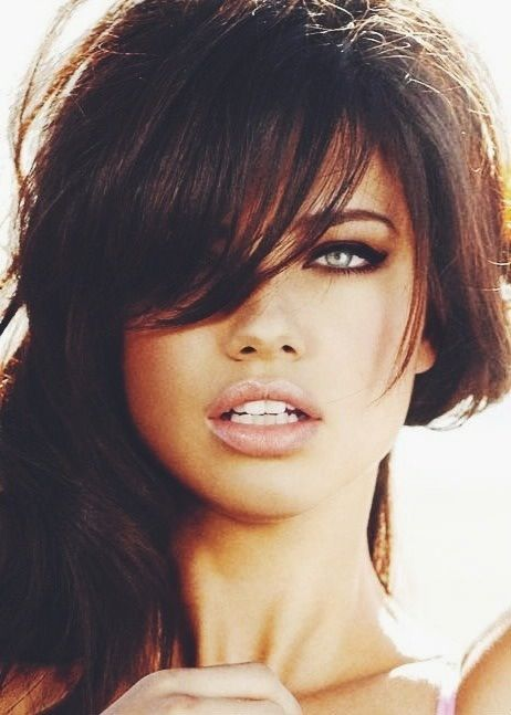 Adriana Lima - love the smoky eye and nude lipstick