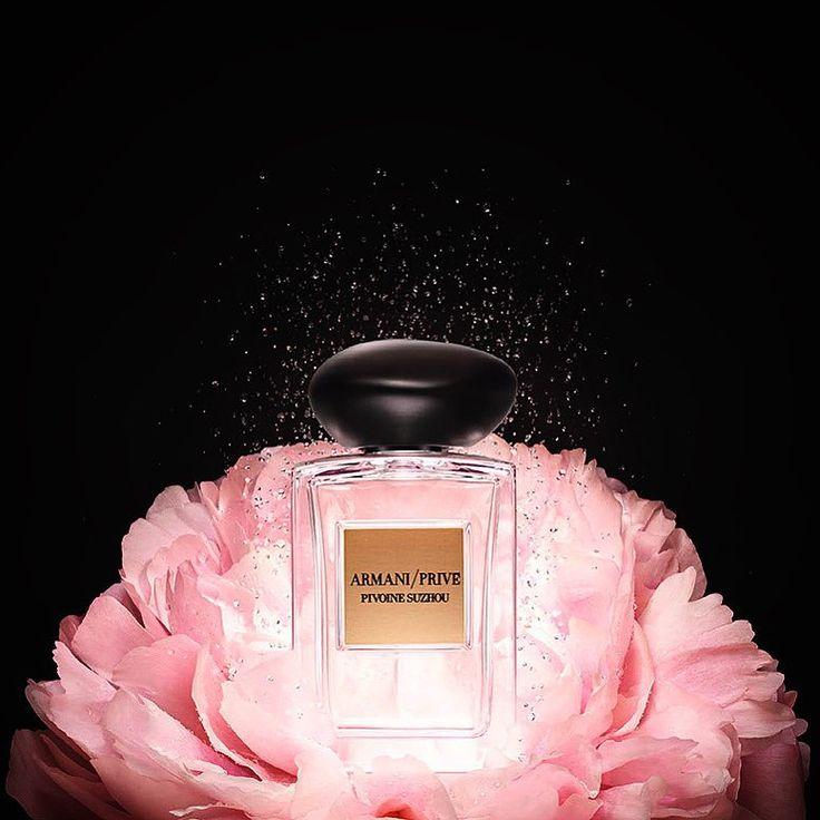 Лучшие, открытка для тебя и парфюм